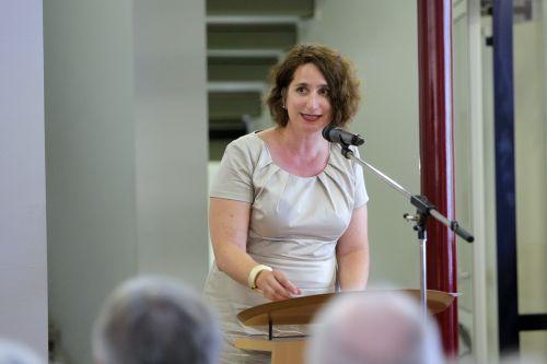 Dr. Mirjam Wenzel bei ihrem Grußwort