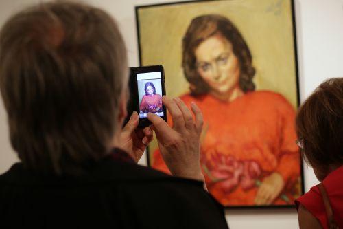 Die Themen Porträts und Selbstporträts spielen auch im Rahmenprogramm des Stadtmuseums zur Ausstellung eine große Rolle. Foto: Alexander Paul Englert